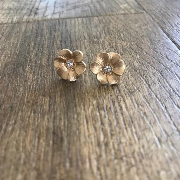 Anthropologie Jewelry - Small flower earrings